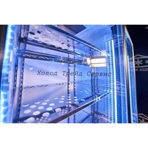 Холодильная камера-витрина со стеклянными дверьми